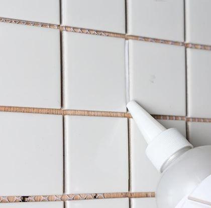 Obrázok z Biela škárovacia hmota