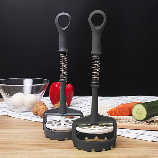 Kuchyňské šťouchadlo