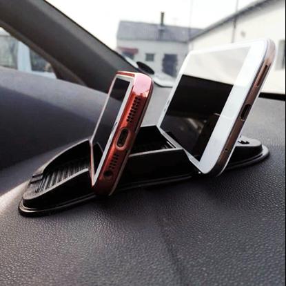 podložka pro dva telefony