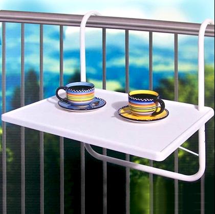 Závěsný stůl na balkon