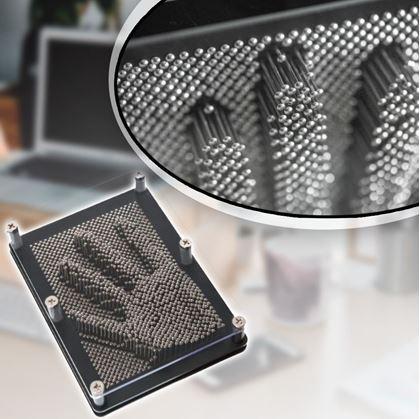 pin art ocelové otisky