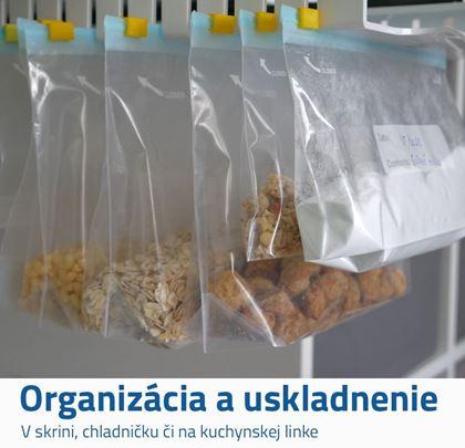 Výsuvný organizér sa sáčky